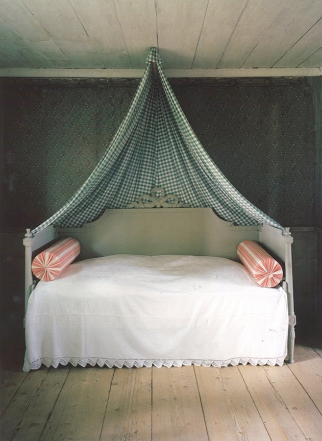 canopy_bed_32