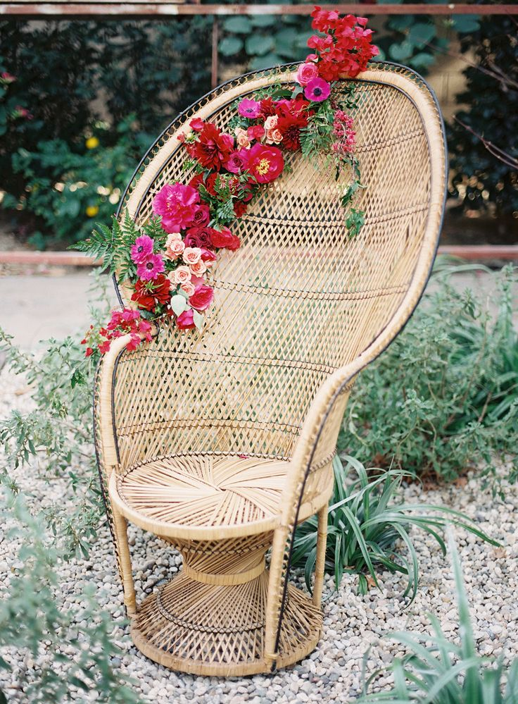 Peacock-chair-boho